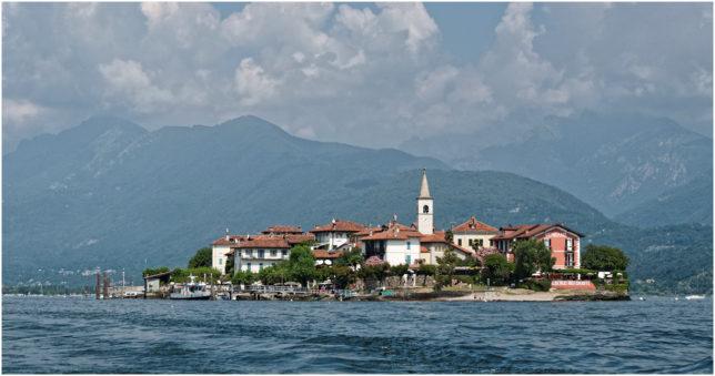 Die Isola dei Pescatori mit ihrem kleinen Dorf