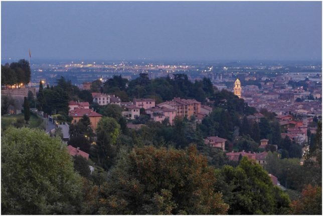 Der mittlere Teil der Via Sant'Alessandro