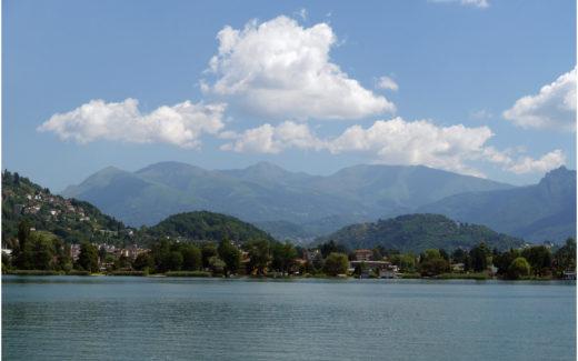 Das Seebecken von Ponte Tresa
