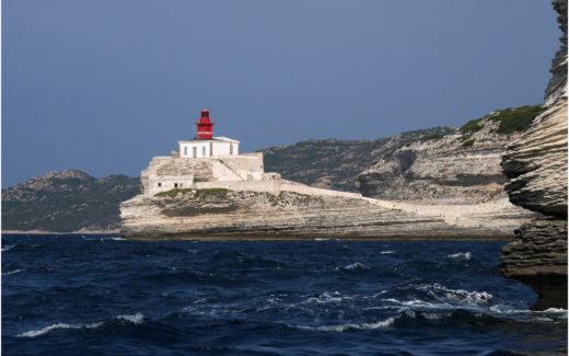 Der Leuchtturm Madonetta vor Bonifacio