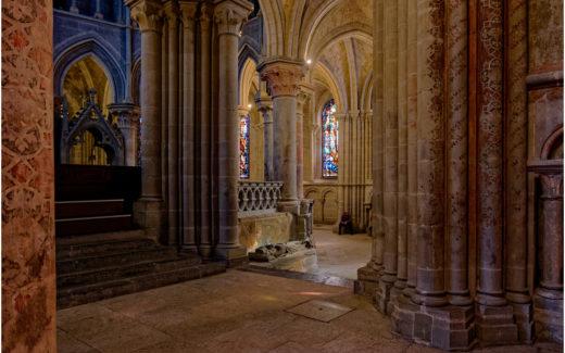 Im Inneren der Notre-Dame de Lausanne