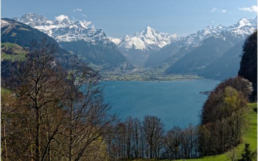 Ausblick in Richtung Gotthard-Massiv