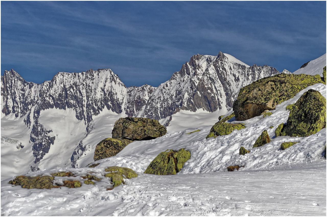 Hier in der Höhe bieten sich dennoch attraktive Szenerien - Blick Richtung Eggishorn
