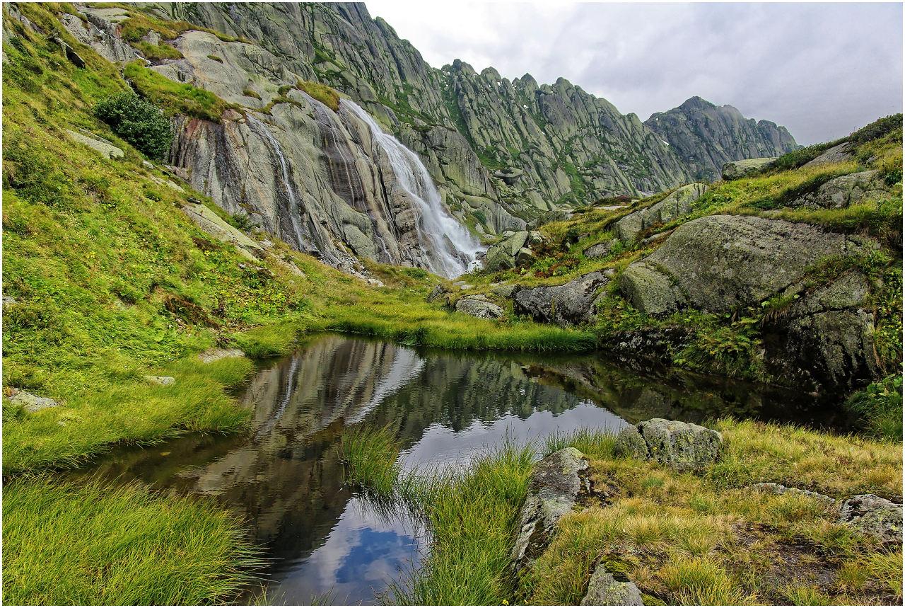 Der Blick zurück kurz nach dem Passieren des Wasserfalls