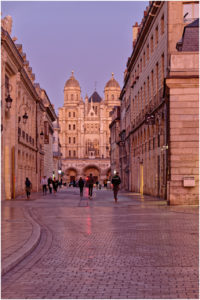 Blick durch die Rue Rameau zur Eglise Saint-Michel