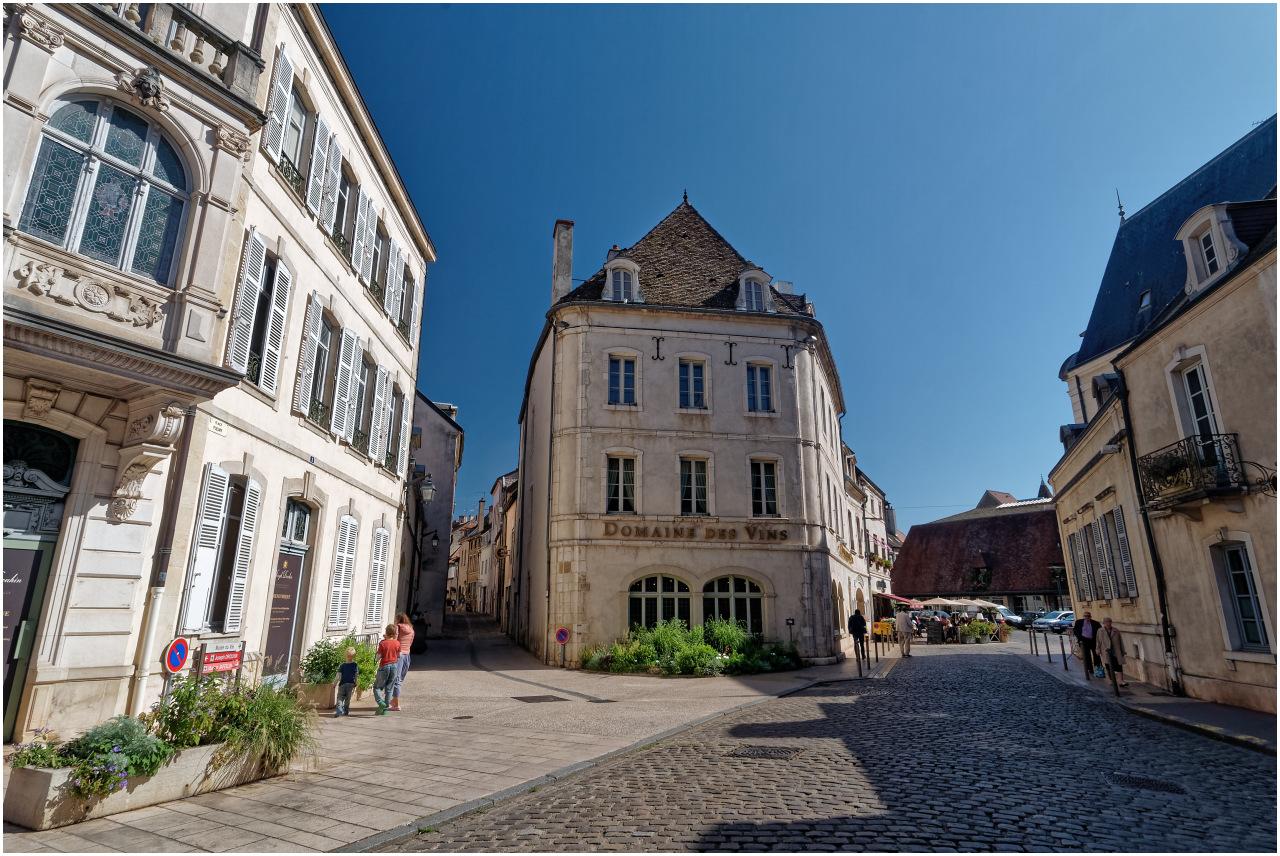 Die Place Fleury im Zentrum von Beaune