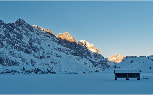 Blick über den winterlichen Trübsee