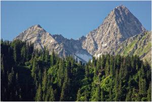 Blicke auf beeindruckende Gipfel