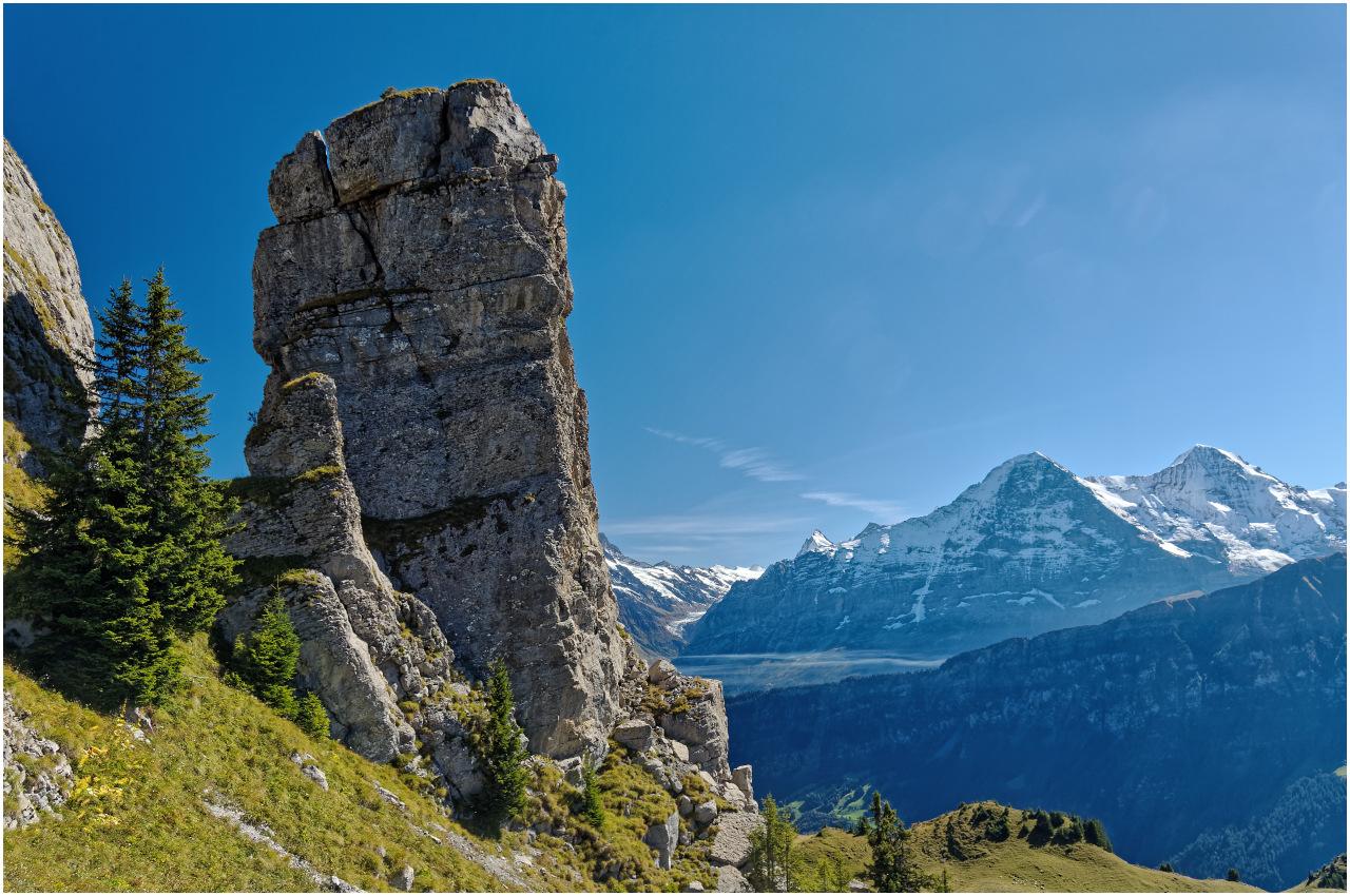 ...und der imposante Fels an dessen Fuss