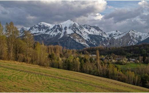 Alpine Frühlingslandschaft bei Embrun