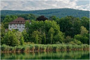 Blick zum Schloss Biberstein