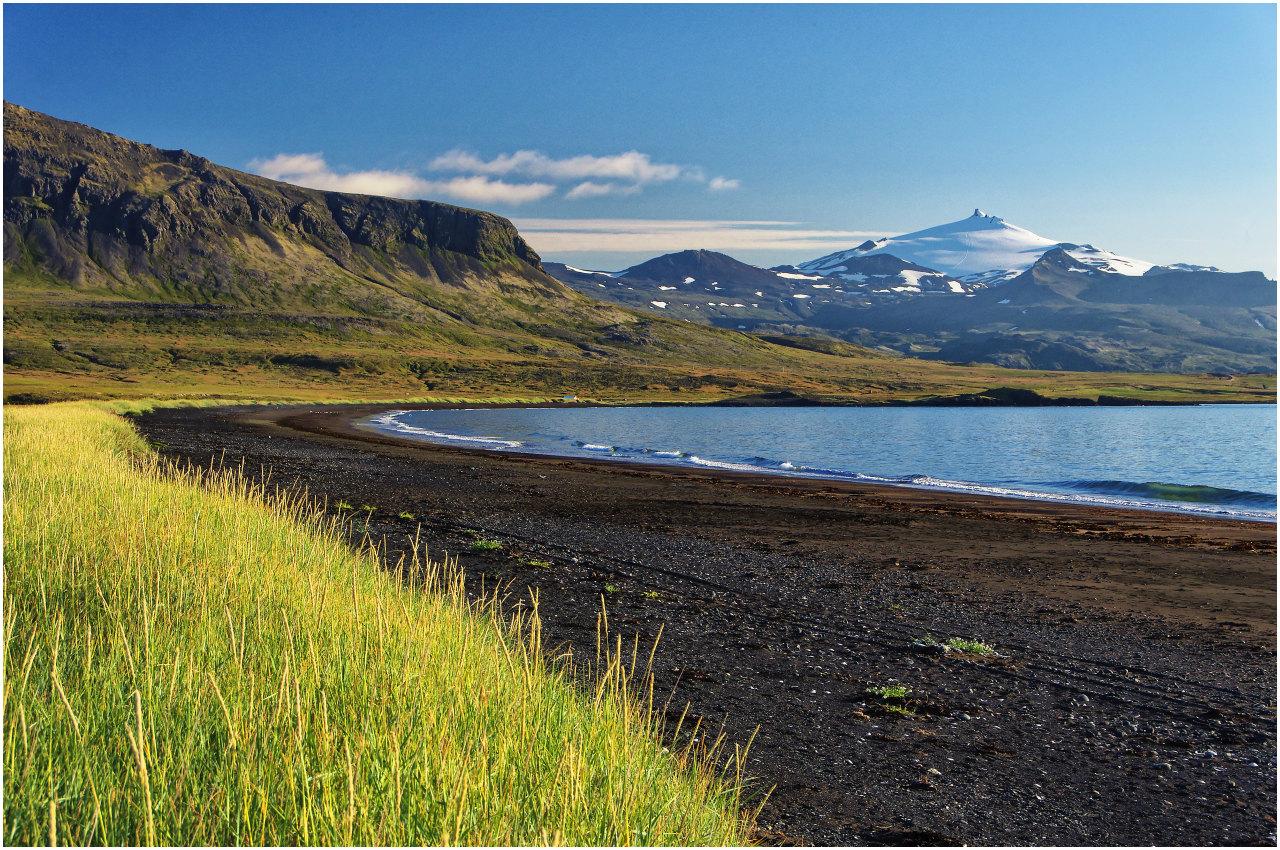 Blick von der Klettsvík zum Snæfellsjökull