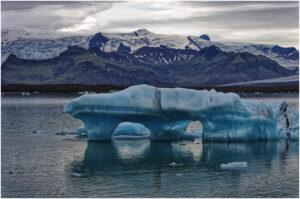 Bizarre Eisberge vor dem Vatnajökul