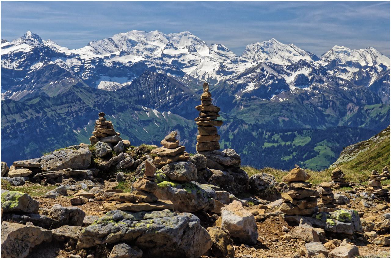 Steinmännchen mit Panoramablick
